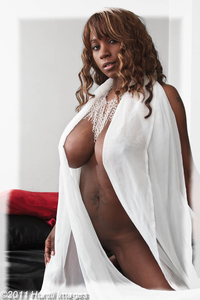 monique-dupree-lingerie